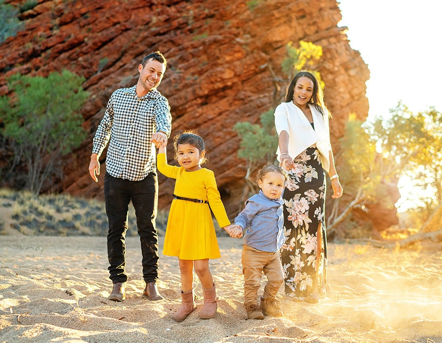 ALICE SPRINGS FAMILY PORTRAIT PHOTOGRAPHER 02